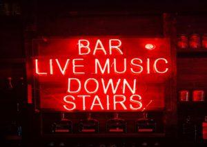 Bar live music.
