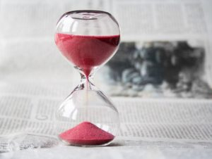 An hourglass simbolizing your attempt to estimate the amount of time you'll need to unpack.