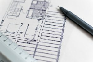 A floor plan is necessary for proper organization as moving guide for college students suggests.