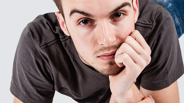 Man is thinking about how to stay positive when leaving New York and moving cross country.