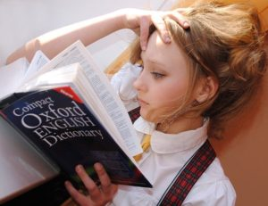 A girl studing.