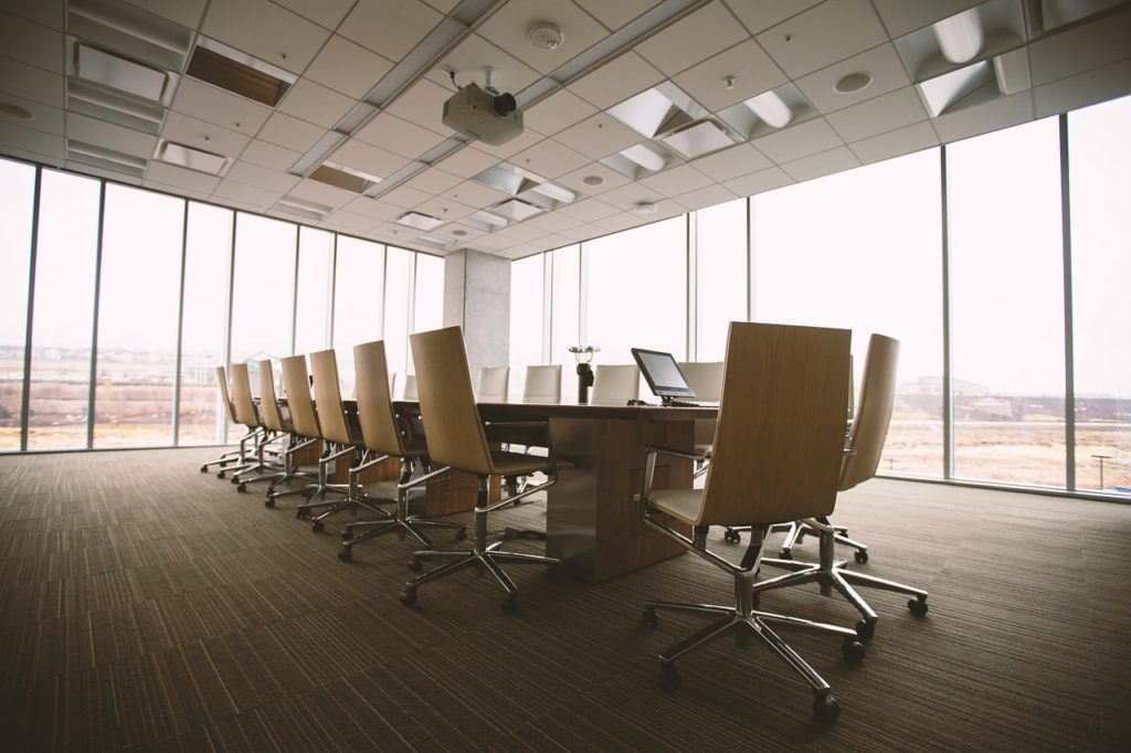 A spacious conference room which is a perfect choice if you aim at finding a perfect office space in Queens.