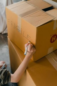 There is a box with the inscription saying FRAGILE, since those are the items you should entrust to movers for a safe relocation.