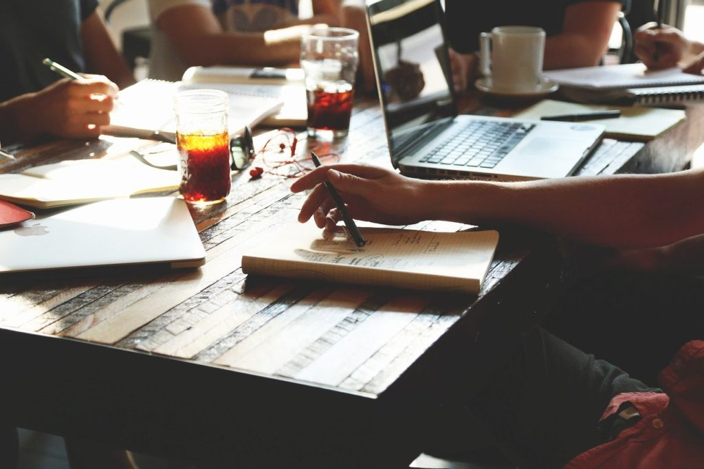A staff meeting you should organize before you create a budget for your Ottawa office move.
