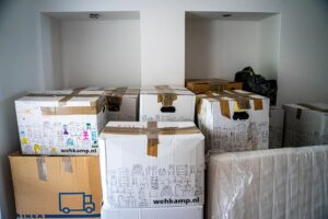 Boxes are the most typical packing material. Before you start preparing bulky pieces of furniture for a move you'll to obtain many boxes.