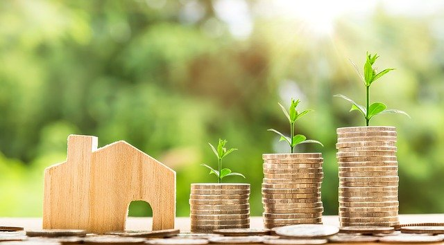 Money Coins House - How to cut costs when preparing for an international relocation